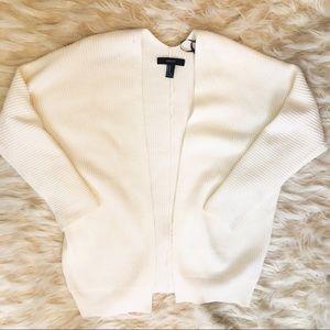 Women's White/Beige cardigan sweater size M ❄️!